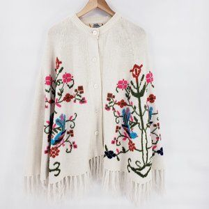 Vintage Embroidered Floral Knit Fringe Poncho